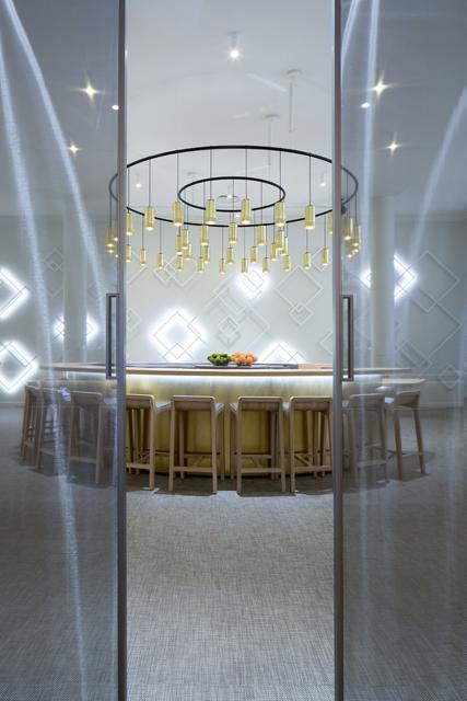 le bar cointreau vient d 39 ouvrir angers un concept unique. Black Bedroom Furniture Sets. Home Design Ideas